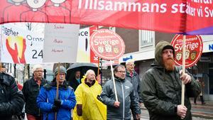Enighet, solidaritet och trygghet önskade många förstamajdemonstranter i Borlänge.