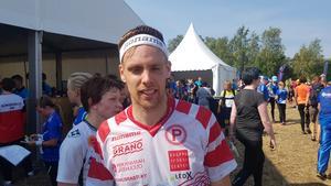 Johan Runesson fick värsta tänkbara start på det O-Ringen som han hellre hade avstått från att springa.