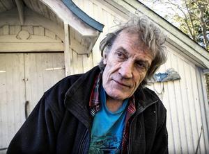 Anders Åberg hemma på Mannaminne, Han avled den 23 januari i år, 72 år gammal.