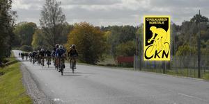 På söndag 25 augusti är det alltså dags Sverigeeliten att komma till Roslagsbro och cykla.