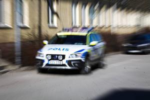 Vi moderater har tidigare lämnat besked om att 1 000 nya poliser behövs. Det håller vi fast vid. Det är dessutom en lägsta siffra, skriver Margareta B Kjellin.