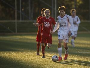 Måns Lind var med på planen när hans Alnö IF förlorade borta mot IFK Umeå.