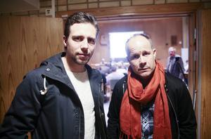 Per Hellmyrs och klubbchef Robban Lindgren i smörre chock efter den negativa röstningen om bandyhall i Bollnäs kommunfullmäktige.