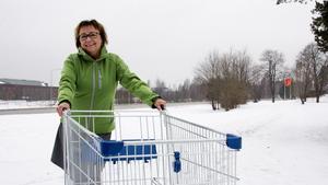Helena Nielsen på Colorama vill ha fler butiker i centrum.