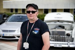 Anders Sandin är en av de drivande i klubben Hägglunds Classic Car and Vehicle Club.