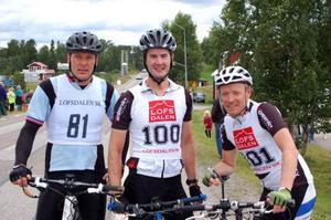 Malte Jönsson blev trea, Martin Nilsson etta och Håkan Degselius tvåa i Lofssjön runt, cykeltävlingen som anordnas i samband med Lofsdalsdagarna. Foto: Sandra Wåger