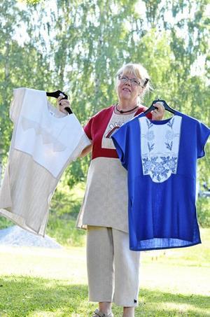 Textilkonstnär. Ingegerd Alfredsson är textilkonstnär och alla hennes kläder är gjorda i linne, med återvunna detaljer.