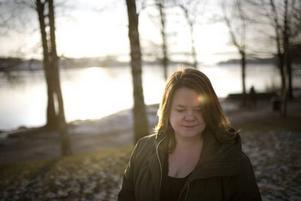 Berättare från kusten. Annica Wennström skriver om fattigdomens folk – på 1930-talet och senare.