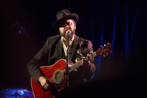 Steven Collins har varit i Östersund flera gånger med Deadman. I oktober kommer de tillbaka toch spelar på Östersunds bluesfestival.