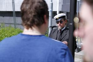 Ulf Hagberg höll tal till årets avgångselever.