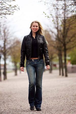 Caroline Lundvik blev frisk från sin anorexi. Nu brinner hon för att hjälpa andra.