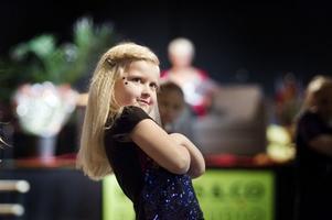 Gävlebon Elsa Ageflod, 5 år, var stolt efter sitt framförande på Uddans säsongsavslutning.