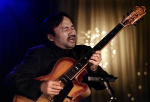 Satoshi Inoue.
