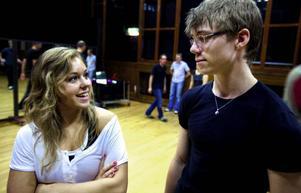 """Jenny Strandberg och Per Magnusson är vana dansare båda två, men ville hitta en dansform där de kunde dansa tillsammans.""""Det är mysigt"""", säger Jenny."""