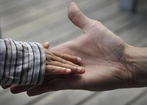 Beslutet om förändrade föräldravillkor har väckt starka reaktioner hos vårdnadshavare och pedagoger, så väl positiva som negativa. Foto: Hasse Holmberg