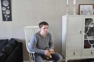 Simon Östlund vill hitta en permanent ekonomisk lösning kring eftervården av sonen