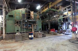 Det blir produktionsneddragning vid Helsinge Pellets i Edsbyn. 10 personer är varslade om uppsägning. Produktionen beräknas fortsätta fram till april-maj, då det blir produktionsstopp.