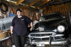 Fredrik Carlgren längtar efter att bli klar med sin Chevrolet Bel Air. Och då tänker han använda den.