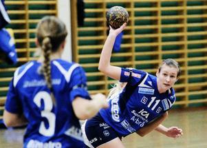 Emelie Mattsson gjorde två av Arbrås mål och fungerar allt bättre i sin position som vänsternia.