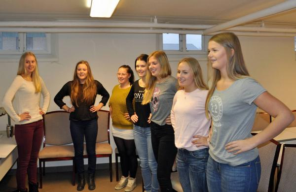 Årets Luciakandidater träffades för att sjunga tillsammans för första gången under helgen.