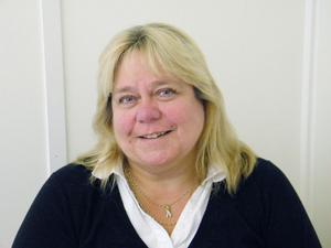 Vi måste ställa frågan vem som ska betala rovdjursangreppen, säger Lotta Zetterlund, LRF.