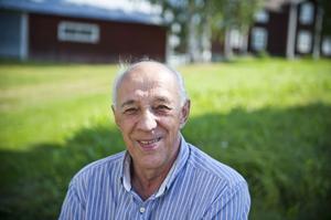 Arne Gustafsson, Bergom– Jag vaknar av mig själv mellan sju och åtta. Jag försover mig aldrig, å andra sidan får jag sova hur länge jag vill eftersom jag är pensionär.