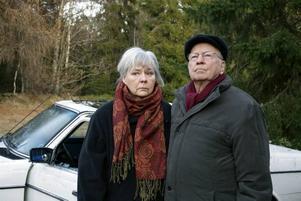 """Legendariskt skådespelarpar. Mona Malm och Ingvar Hirdwall återförenas i SVT:s nya dramaserie """"Stormen"""", som handlar om hur människor fungerar i en katastrofsituation."""