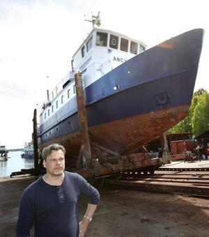 Sjöfartsverket inspekterade i går fartyget Ancylus inför expeditionen till den mystiska cirkeln på Östersjöns botten. – Oavsett vad vi hittar så är det något unikt, säger Dennis Åsberg på Ocean X-team.