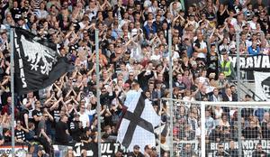 Stor Örebroklack förväntas till Eskilstuna på lördag.
