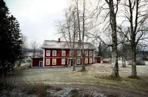 Societetshuset i Mörsil kommer att bli asylboende, enligt fastighetsägaren.