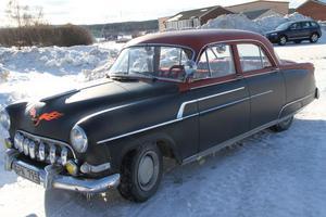 En Opel Kapitän är ju alltid en Opel Kapitän. Just denna ägs av Örjan Rask i Hassela, och blev vald till snyggaste besökande Europé.