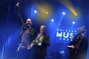 Stiko Per Larsson får priset för Årets liveupplevelse på Dalecarlia Music awards.