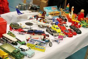 Retro regerar! Även leksakerna på borden gick i retrons tecken.