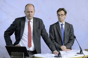 Finansmarknadsminister Peter Norman och statssekreterare Erik Thedéen presenterade i går förslaget om ett nytt skatteutjämningssystem.