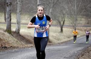 Kristine Fjellanger, Strindheim IL, Norge blev årets segrande dam i Sylvesterloppet.