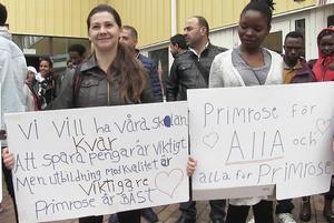 Tidigare i höstas protesterade  SFI- och Komvuxeleverna på Primrose mot nedläggningshotet mot skolan.