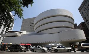 Guggenheim-museet i New York har dragit tillbaka tre konstverk från kommande utställningen