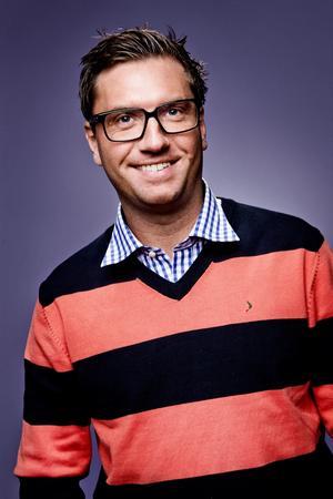 Tobias Holm.