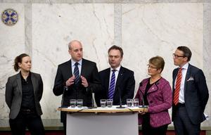 Överens. Regeringen och Miljöpartiet har enats om invandrings- och asylpolitiken.foto: scanpix
