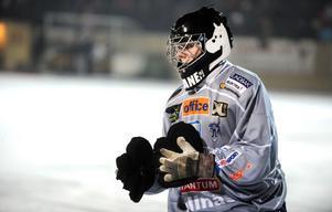 Timo Oksanen har skrivit på ett nytt tvåårskontrakt med Bollnäs.