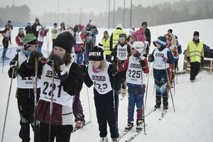 Startfältet. Cirka 400 skidåkare deltog under dagen.