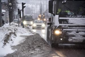 E4 skapar dålig luft i Örnsköldsvik – men politikerna gör ingenting åt det, menar insändarskribenten. Bild: Leif Wikberg