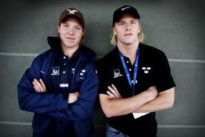 Mathias Månsson, till höger, tillsammans med Nicklas Bäckström i september 2006. Under tiden i Brynäs spelade de i samma kedja, och tog sedan med sig succékonceptet till landslaget. Bild: Daniel Nilsson/Bildbyrån.