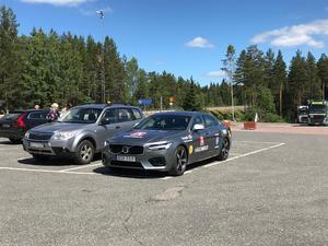 Vägombud står det på bilen som Motormännen Dalarna åker i.  Foto: Privat