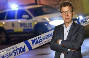 Samhället måste hjälpa de ungdomar som hamnat på glid. Men satsningarna måste vara effektiva, och inte kunna tolkas som en belöning. Därför är det katastrof när kriminella ungdomar får bo i lyxlägenhet, där de kan fortsätta begå brott, som skett i Malmö. Foto: Johan Nilsson, TT.