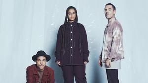Timbuktu, Seinabo Sey och Oskar Linnros slår sina påsar ihop för en gemensam konsert i Dalarna den 16 augusti. Pressbild.Foto: Oskar Omne