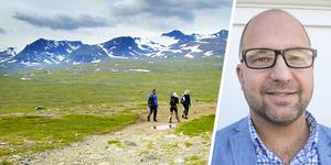 Fjällvandrare vid Sylarna. Artikelförfattaren Robert Pettersson är ny centrumledare för Etour.