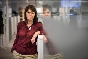– Det är viktigt att solidariskt stå emot trakasserier, säger Lotta Olin Persson, journalist, om varför hon skrev under uppropet #Deadline.