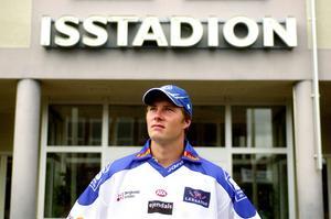 Under lockoutsäsongen 2004/2005 kom Johan Hedberg tillbaka till Leksand och hjälpte klubben tillbaka till elitserien. Foto: Mats Erlandsson