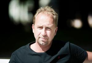 Stefan Åsberg borde ha varit med på Walk of fame, tycker skribenten.